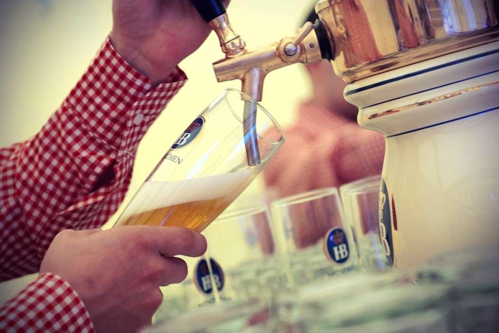 Blu Oktoberfest la Radisson Blu Bucuresti 1