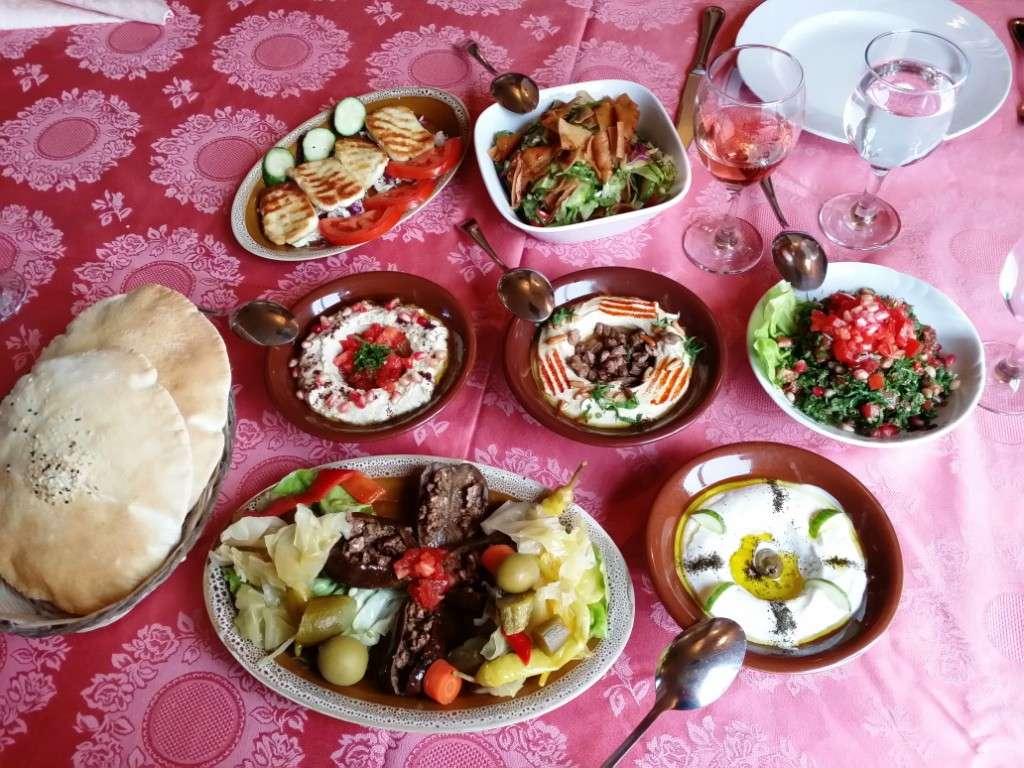 El Bacha - restaurant libanez la Piata Alba Iulia din Bucuresti