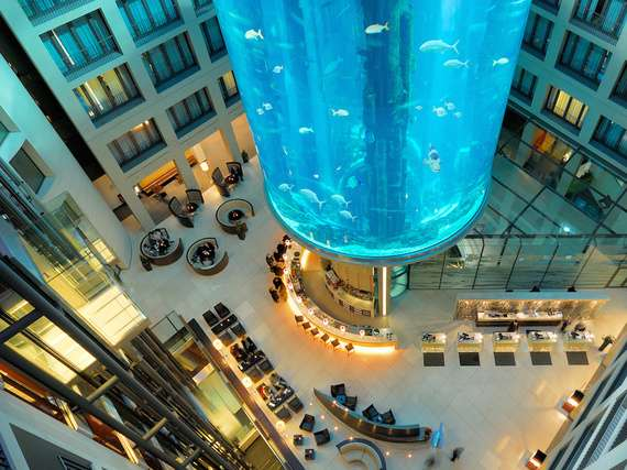 Atrium Bar // sursa foto: huffingtonpost.com