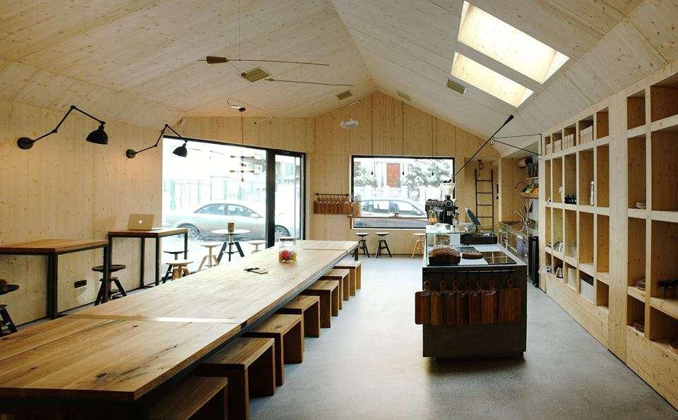 Frudisiac, un local cu design scandinav, simplu