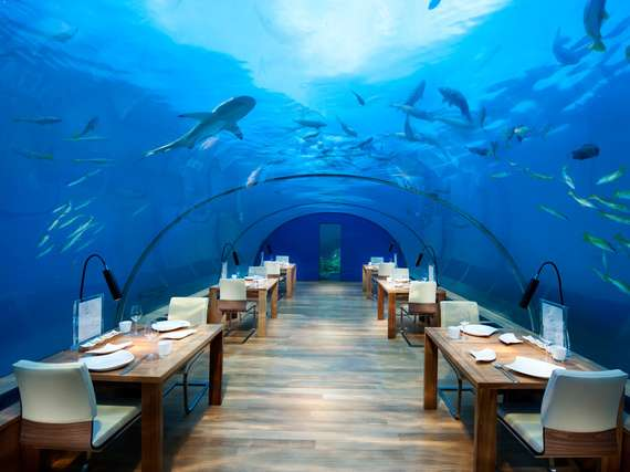 Ithaa Undersea Restaurant // sursa foto: huffingtonpost.com