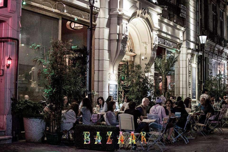 Bazaar // sursa foto: Facebook