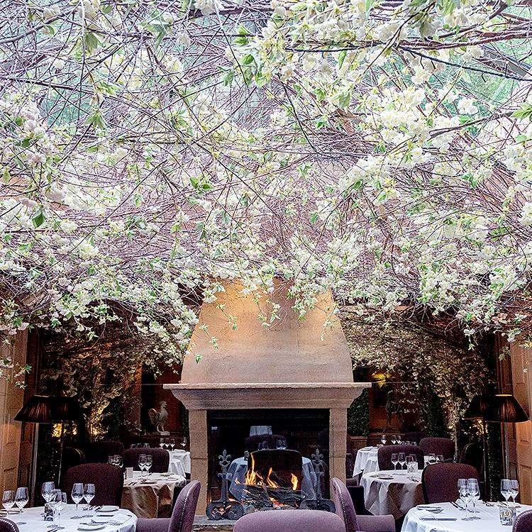 romantic restaurant clos maggiore
